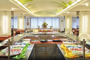 GHT Oasis Park and Spa Buffet