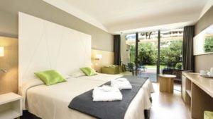Protur Sa Coma Playa Hotel and Spa Swim Up Room