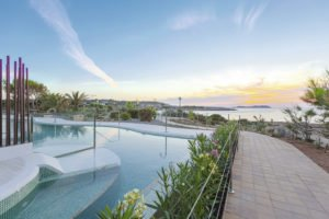 Holiday Village Seaview Ibiza Infinity pool