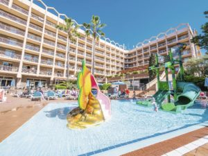 TUI BLUE Avenida Suites Splash Pool