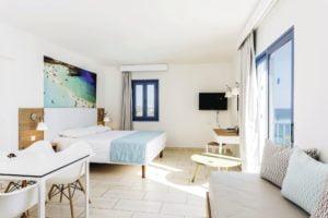 Hotel beadroom